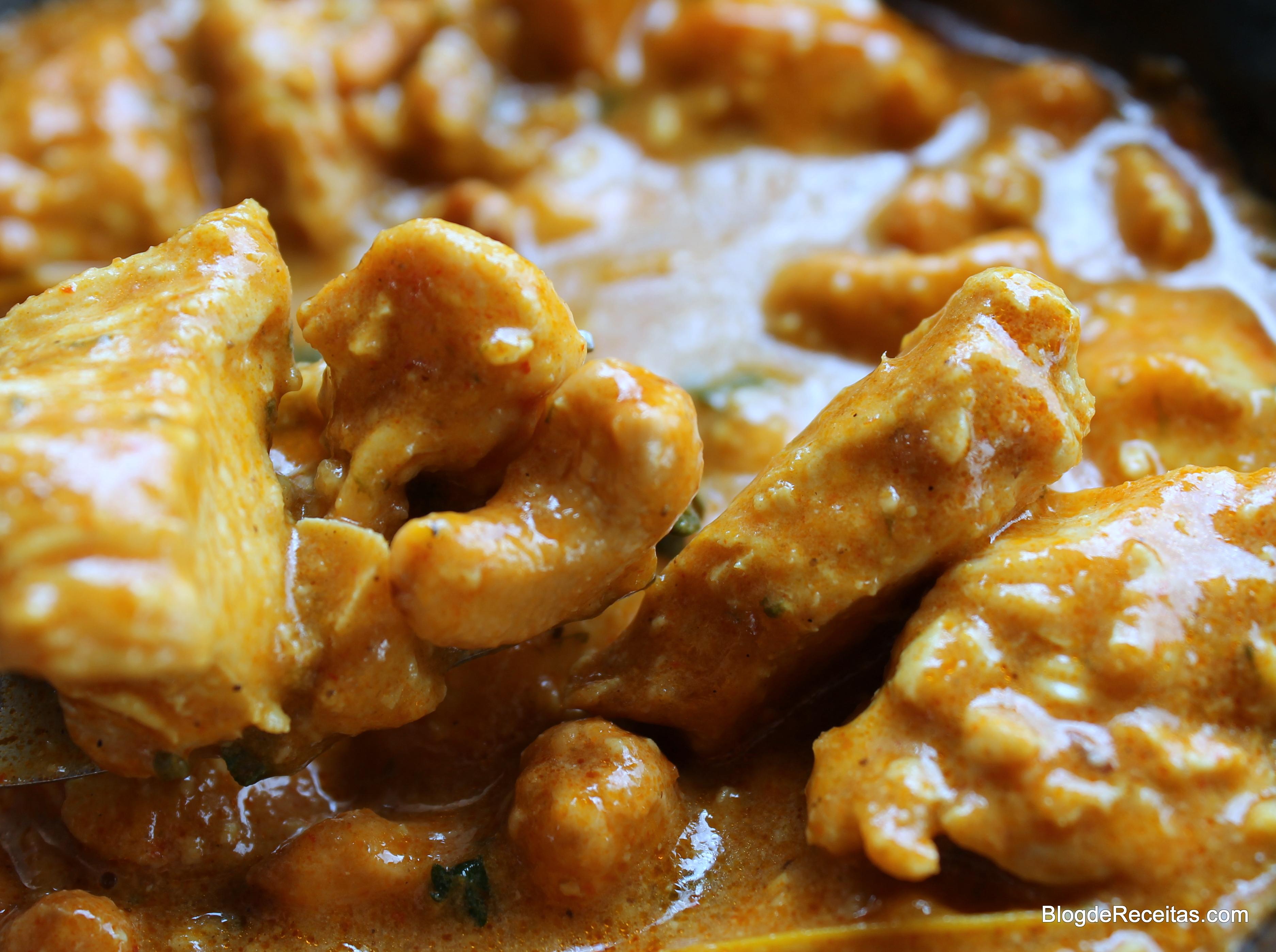 Resultado de imagem para frango ao molho de cajú